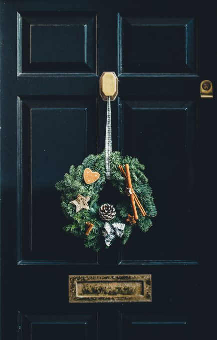 Christmas wreath free photo