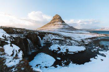 Photo of an Icelandic landscape in winter